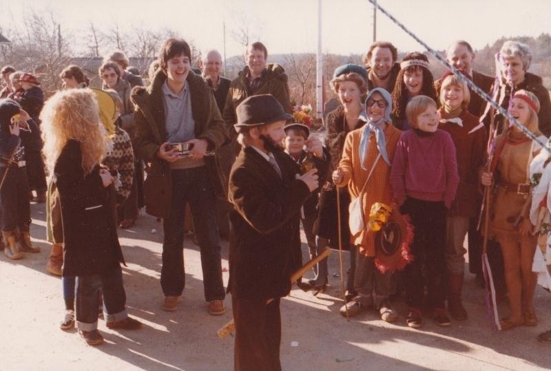 5. Fastelavnsfejring i Vind. Begyndelsen af 1980'erne.
