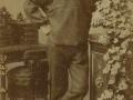 Christen 'Bundgaard' Madsen Christensen (1867-1940), oprindeligt fra Madum ved Ulfborg, fotograferet i København i begyndelsen af 1890'erne, antageligvis tilknyttet marinen.