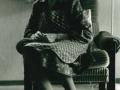 Karen Jensen Jacobsen (f. Rosleff, 1906-2001), enke efter gårdmand i Skold, Laurits Jacobsen (f. Lauritsen, 1896-1983). Angiveligt 1986.