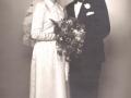 Søn af gårdmand Peder 'Vestergaard' Jeppesen, Emil Jeppesen (1927-2017), gårdmand i Nørreris,  og Karen Ingrid Ruth Mohr Jensen (g. Jeppesen) fotograferet på deres bryllupsdag i 1955.