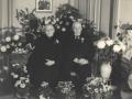 Gårdmand i Kirkegård, Karl J. Kirkegaard (1872-1952) og hustru Karen Kirkegaard (f. Kjeldsen, 1877-1956) fotograferet på deres guldbryllupsdag i 1949.
