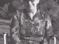 Anine Kirstine Marie Mikkelsen (f. Nielsen, 1907-1997), datter af husmand i Vester Spartoft, Johannes Nielsen (1871-1950) og gift med landpost og husmand i Vildkilde, Daniel Mikkelsen (1899-1976). Årstal ukendt. For yderligere oplysninger, se menupunktet 'Jeg husker dengang, da...' -> 'Anine Mikkelsen (1907-1997)'.