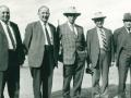 Fem Poulsen-brødre fra Sønder Vindgab. Fra venstre: Johan (1898-1982), Martin (1902-1984), Elias (1893-1980), Marius (1894-) og Jens Bak Poulsen (1890-1975). Årstal ukendt. For yderligere oplysninger, se menupunktet 'Vind i billeder' -> 'Månedens billede, september 2014'.