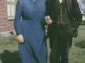 Gårdmand i Hedegård, Kristen Sandfær Poulsen (1887-1954) og hustru Karen 'Hedegaard' Poulsen (f. Madsen, 1888-1982). Årstal ukendt.