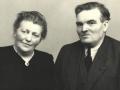 Gårdmand i Nørre Vindgab, Jens Peder Poulsen (1891-1953) og hustru Kirsten Marie (f. Egebjerg, 1886-1970). Årstal ukendt.