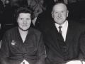 Gårdmand i Troldtoft, Niels Valdemar Troldtoft (1906-1980) fotograferet med sin anden hustru Erna Troldtoft (f. Brogaard, 1913-2009). Årstal ukendt.