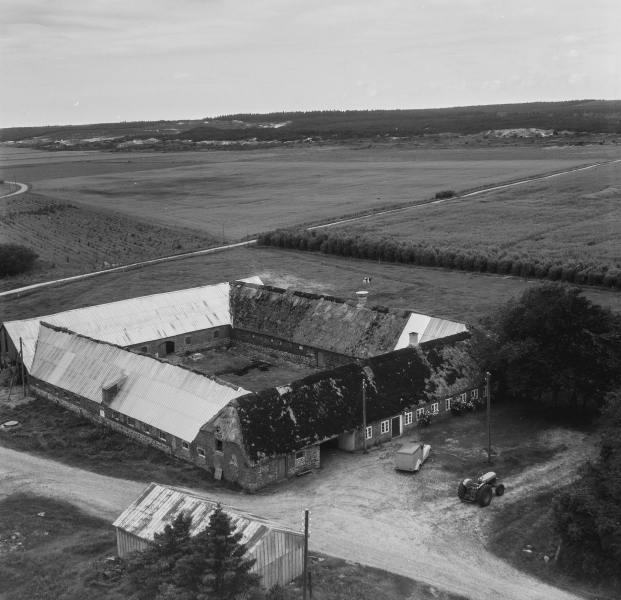 82. Vind, 1962. Troldtoftvej 10, 'Troldtoftgård'.