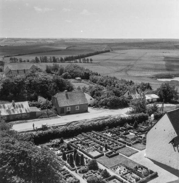 14. Vind Kirkeby, 1962.