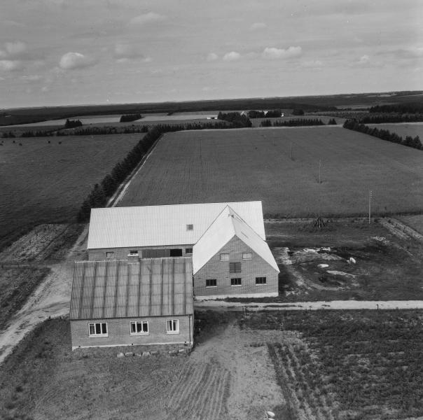 38. Vind, 1962. Nørhedevej 19, 'Nørremark'.