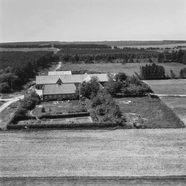 53. Vind, 1962. Råstedvej 8, 'Blåkjærhus'.