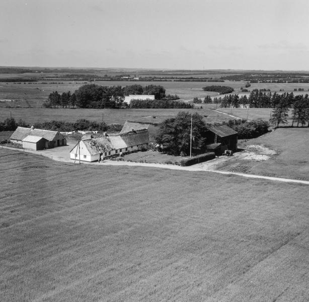 47. Vind, 1962. Røjkærvej 17, 'Arnsbjerg'.