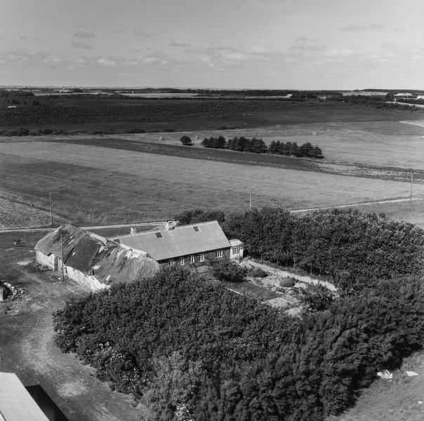 63. Vind, 1962. Skjernvej 212, 'Spartoft'.