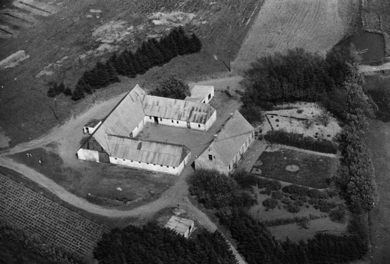 82. Vind, 1949. Ørnhøjvej 13, 'Lundbæk'.