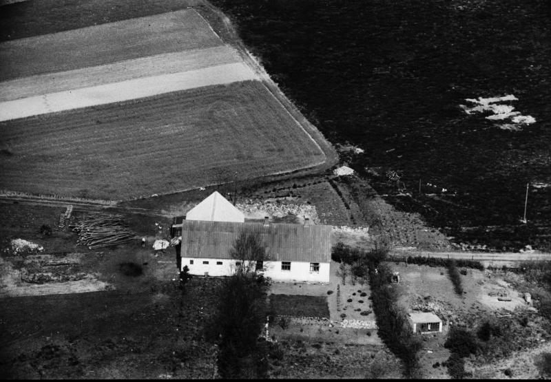 14. Vind, 1949. Fuglsangvej 3, 'Engholm' (nu nedrevet).