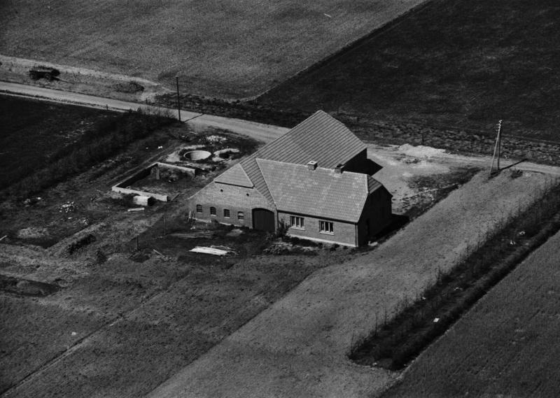 16. Vind, 1949. Hestbjergvej 2, 'Bundgård'.