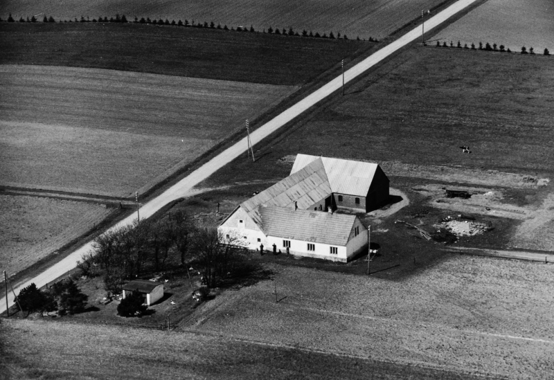 18. Vind, 1949. Hestbjergvej 4, 'Fromborg'.