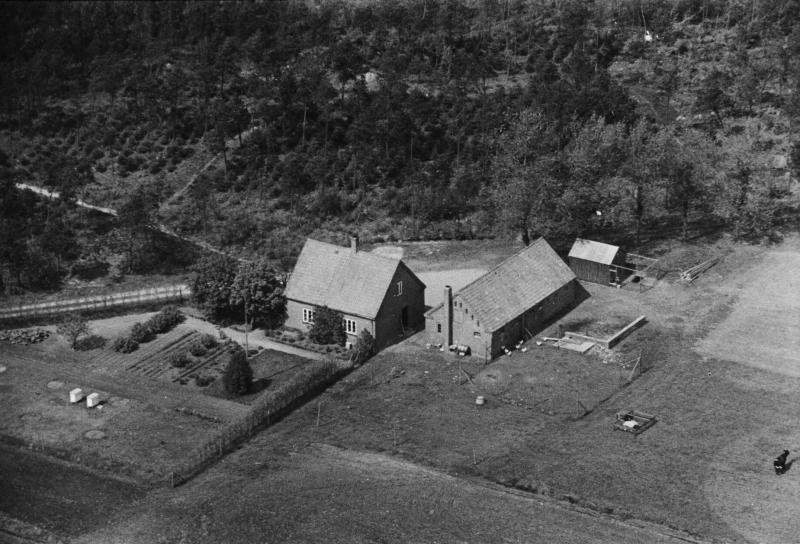 29. Vind, 1949. Lystlundvej 32, 'Østermarkshus'.
