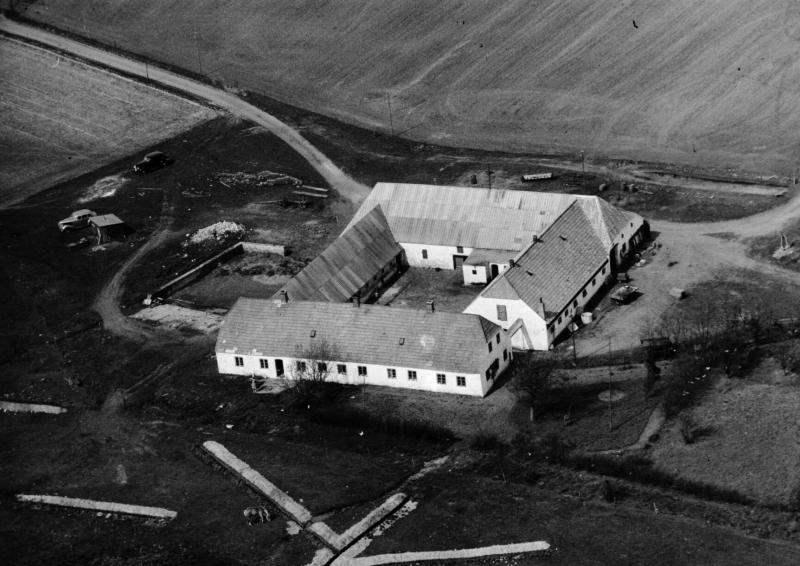 46. Vind, 1949. Råstedvej 9, 'Sandfær'.