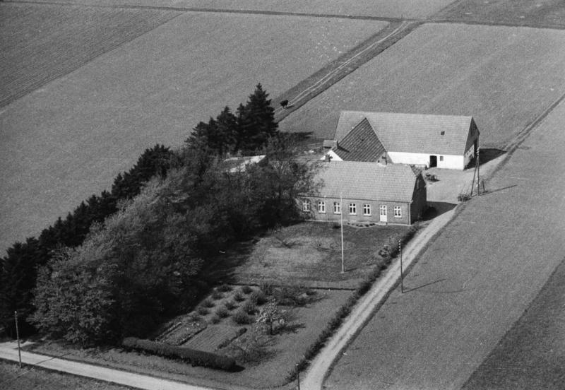 61. Vind, 1949. Toftvej 11, 'Østertoft'.
