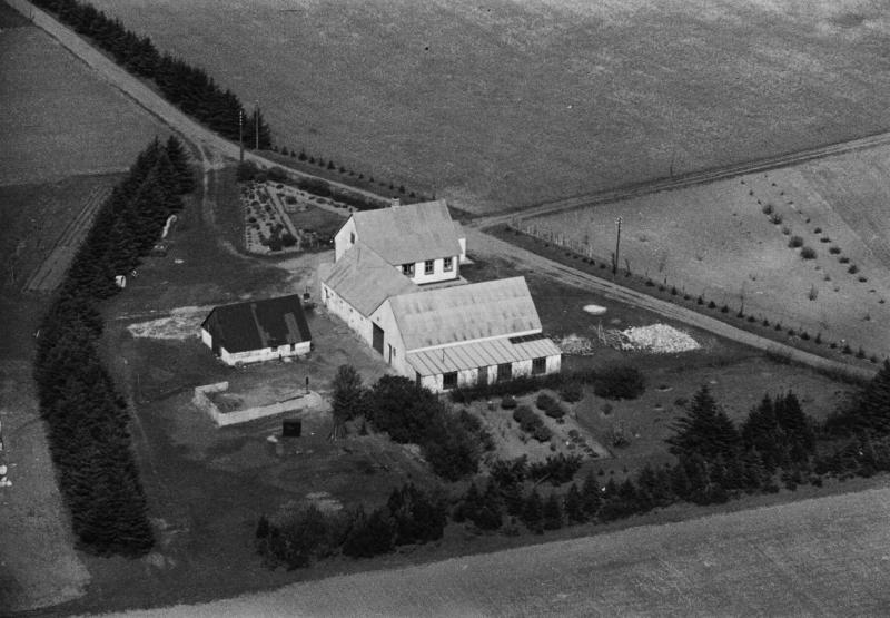 65. Vind, 1949. Toftvej 18, 'Laulund'.