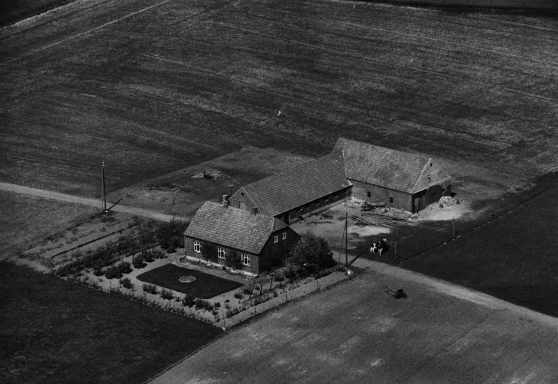75. Vind, 1949. Trækrisvej 11, 'Ny Skold'.