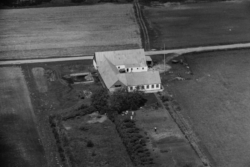 68. Vind, 1949. Troldtoftvej 5, 'Sofiendal'.
