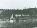 Nørgaard og familien Poulsen, angiveligt 1912.