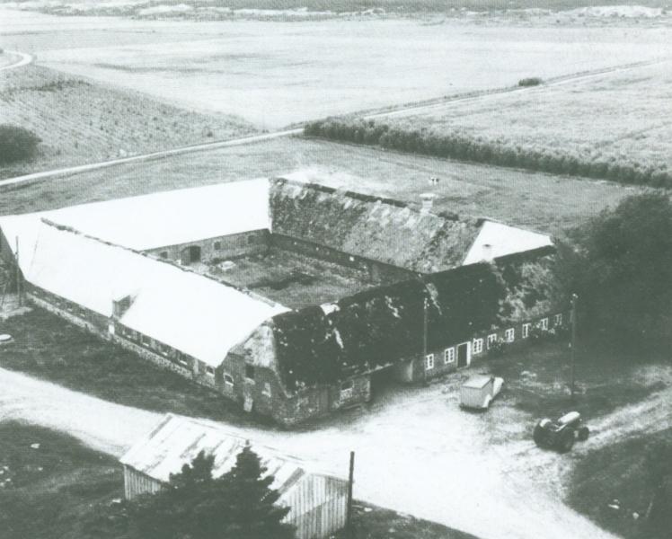 Gammel Troldtoft omkring 1955 -i dag Troldtoftvej 10.