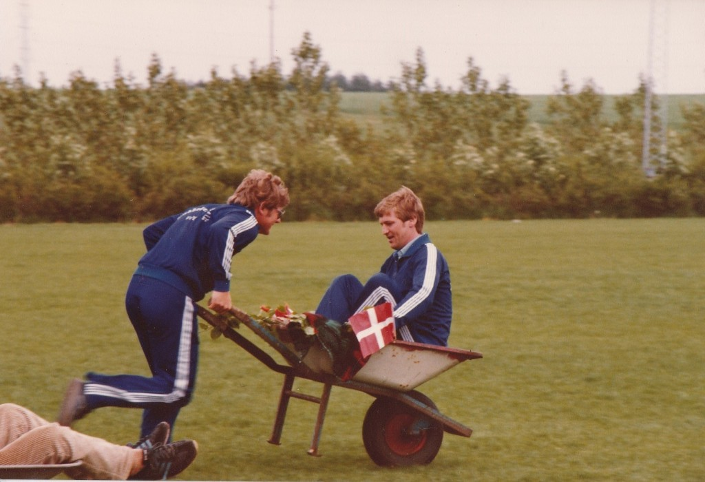 Trillebør-væddeløb ved sportsfesten i Vind i 1984.