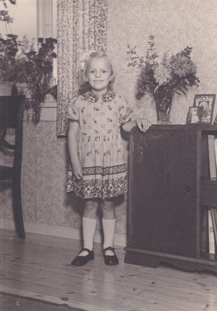 Hvem genkender denne lille yndige pige?
