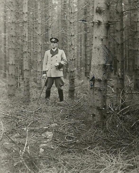 Skovfoged i Stråsø, Kristen Møller Larsen (1900-1965).