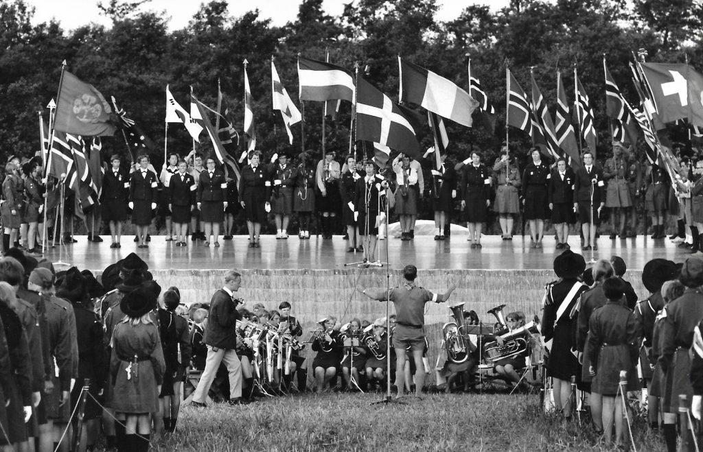 Fra åbningsceremonien ved KFUK-landslejren i 1967.