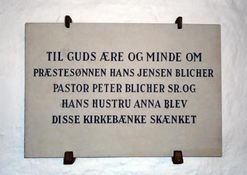 Mindeplade i Vind Kirke.