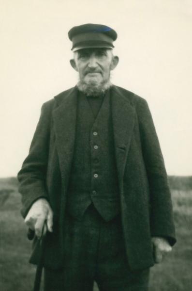 Peder Jensen Vinkel (1860-1940), smed og husmand i Skårmose.